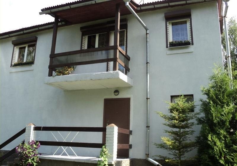 Продается уютный загородный дом для прекрасного отдыха.